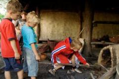 Kruip in de huid van een prehistorische boer(in) of ga in de leer bij een middeleeuwse ambachtsman.