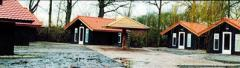 Midden in natuurgebied De Mortelen staan acht moderne trekkershutten van ieder 30 m2. U verblijft er in een oase van stilte en rust. Tevens vormen ze