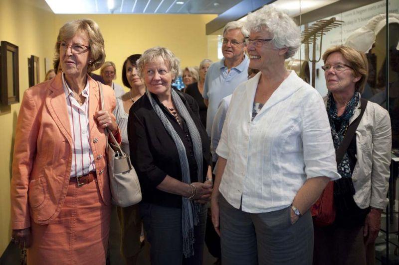 De educatieve dienst van het museum verzorgt rondleidingen voor groepen tijdens openingsuren.