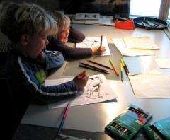Verschillende gratis activiteiten voor kinderen die met hun ouders meekomen naar het museum.