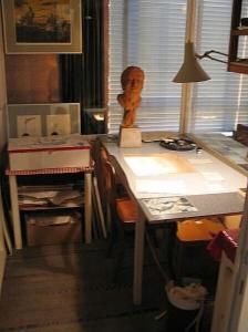 Dit museum is geheel gewijd aan het werk en leven van beeldend kunstenaar Ton Smits (1921-1981).