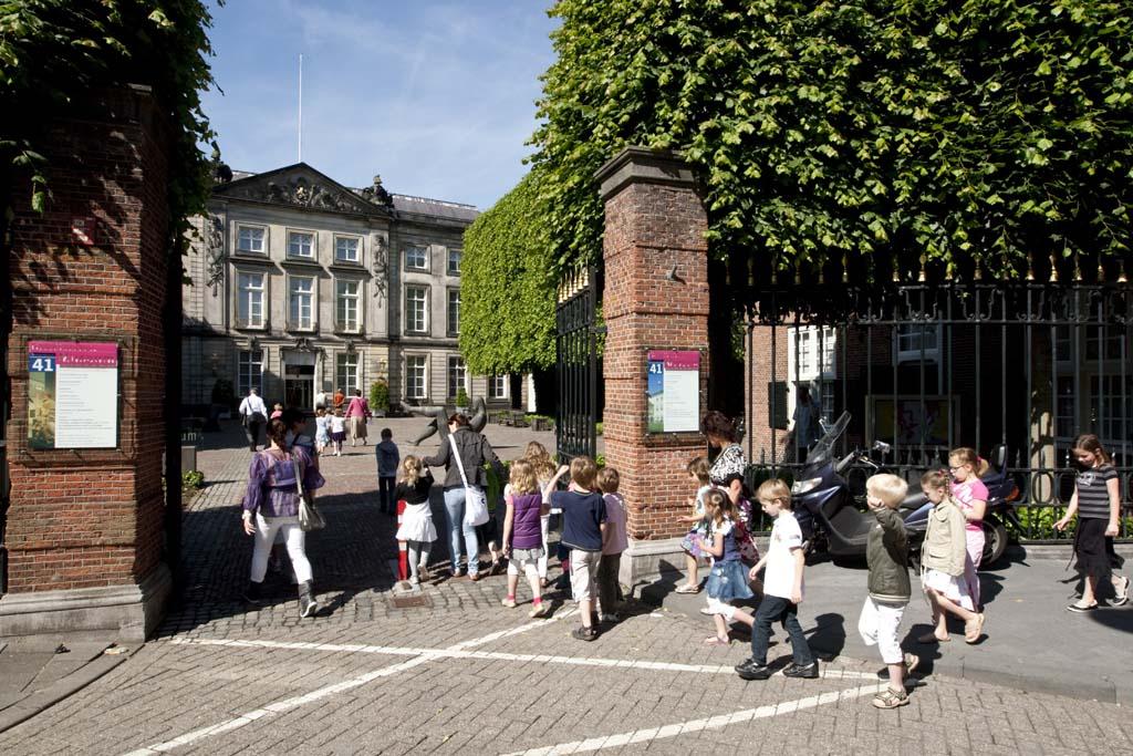 Het Noordbrabants Museum toont een aansprekende collectie schilderijen van oude meesters uit de Zuidelijke Nederlanden.